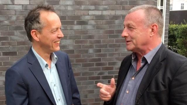 """Erik Rahn, der """"Engagement macht stark!"""" entwickelt und bis 2010 verantwortet hat, und Dieter Rehwinkel, derzeitiger Leiter der Kampagne, im Gespräch."""